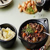 Memasak Boeuf Bourguignon with cauliflower mash